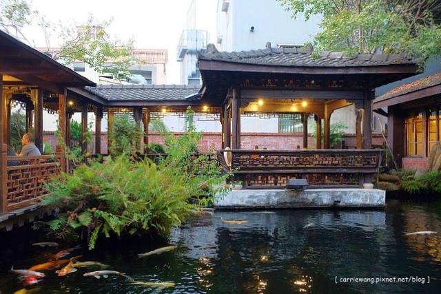 耕心園書香茶館:古色古香的江南建築,還有魚池和涼亭美景 @飛天璇的口袋