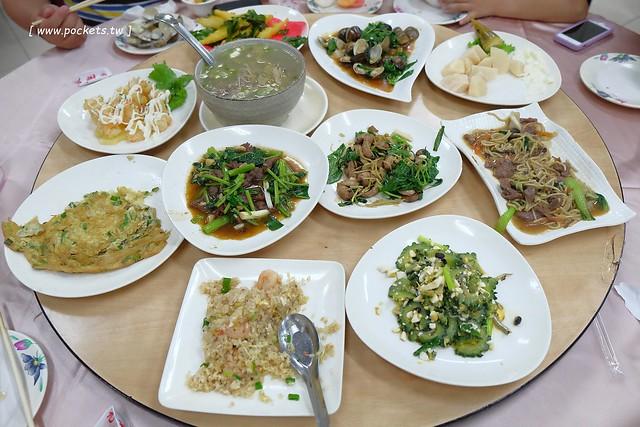 添喜海鮮餐廳:礁溪平價海還鮮餐廳,生猛海鮮現點現煮,二人前來也可以輕鬆用餐 @飛天璇的口袋