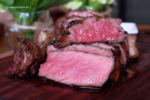 FORE restaurant:使用最古老的Grill烹調方式,位於台中美術館綠園道旁 @飛天璇的口袋