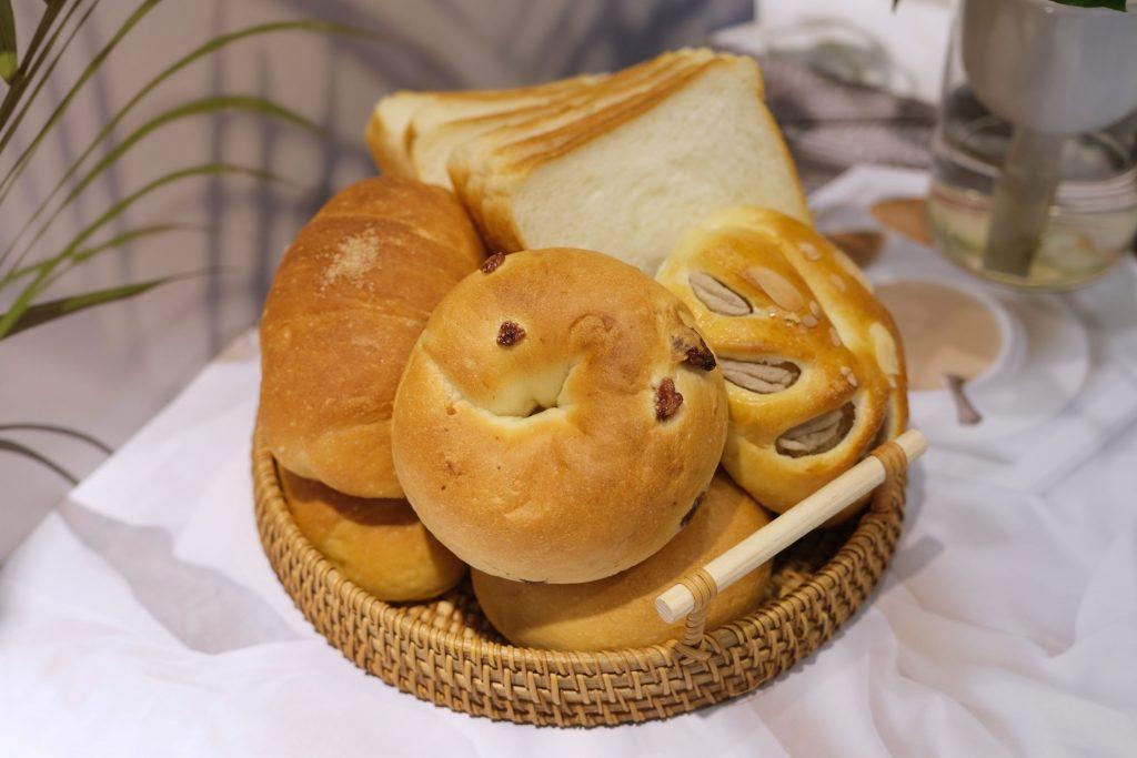 【台中西屯】張泰謙麵包:法國世界盃麵包大師個人賽,有歐式和台式麵包不同選擇,個人最推薦吐司和貝果 @飛天璇的口袋
