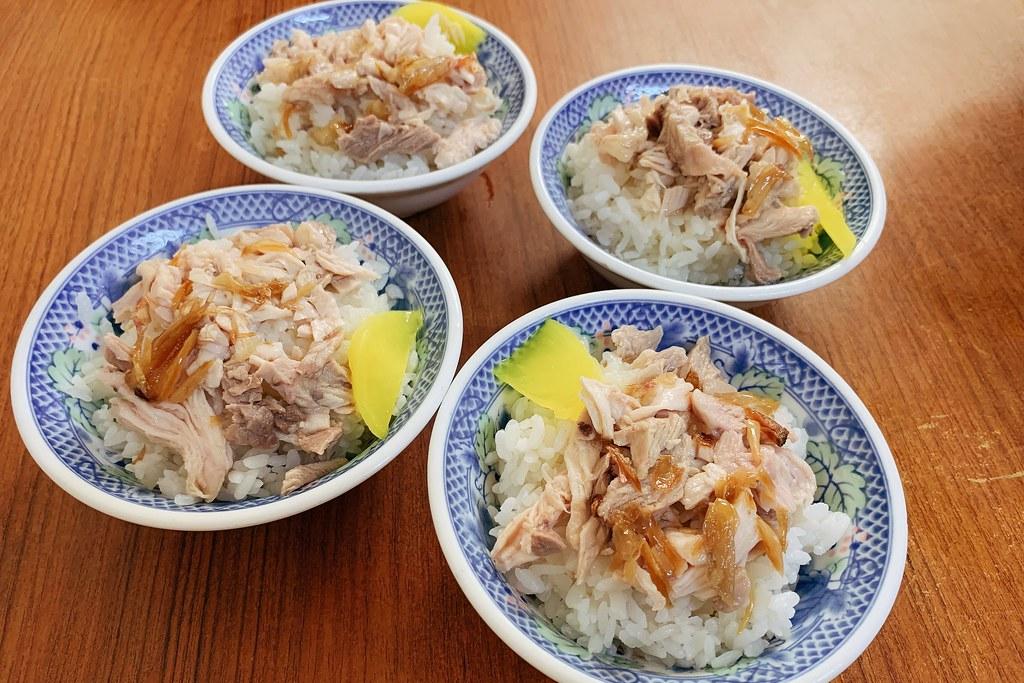 阿溪火雞肉飯:清爽好吃的雞肉飯和小菜,沒吃到招牌肉片飯和半熟蛋 @飛天璇的口袋