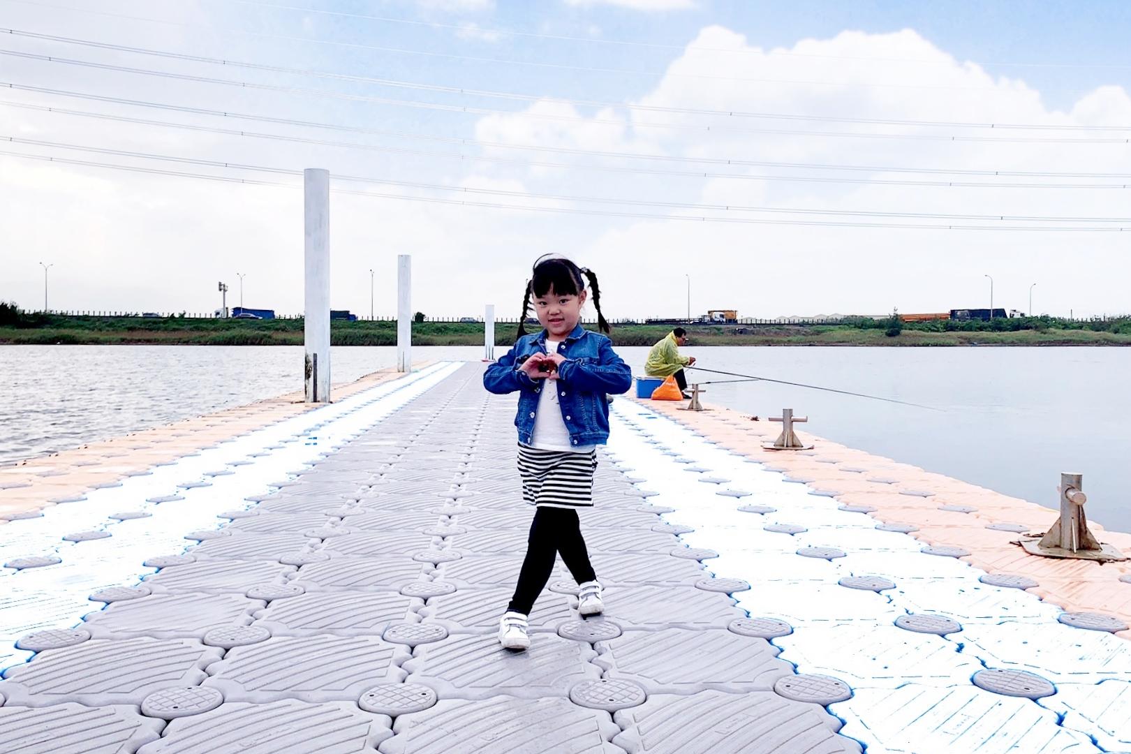 【彰化伸港】白色海豚屋:自然生態教育中心 x 慶安水道 x 蛤蜊軍營 ~ 彰化伸港IG打卡熱門景點 @飛天璇的口袋