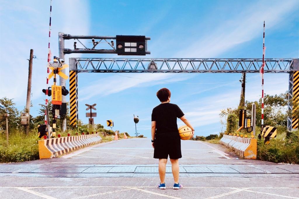 【台東太麻里】台東櫻木花道平交道:不用飛日本~卡通灌籃高手裡的櫻木平交道 @飛天璇的口袋