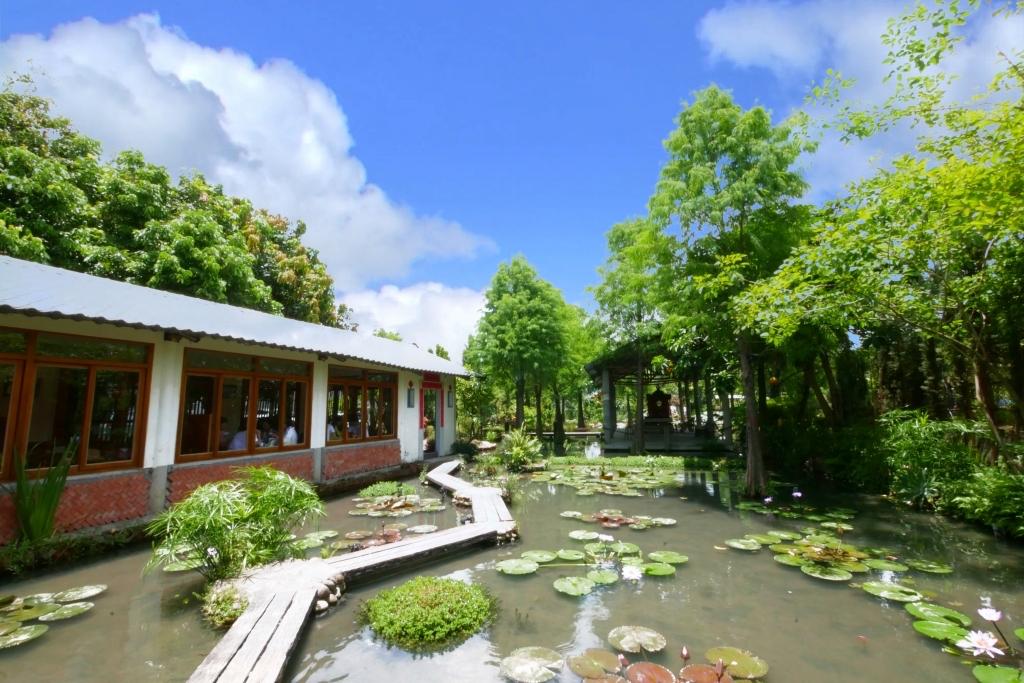 田寮農莊:鬧中取靜的田園景觀,品嚐總舖師的手路菜,南屯景觀餐廳 @飛天璇的口袋