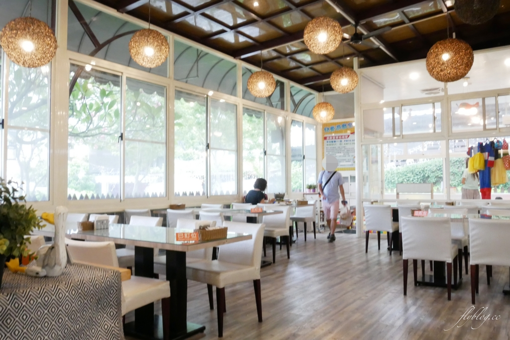 極光森林:員林浪漫景觀餐廳,可愛帳篷 x 露天派對 x 浪漫夜景 @飛天璇的口袋