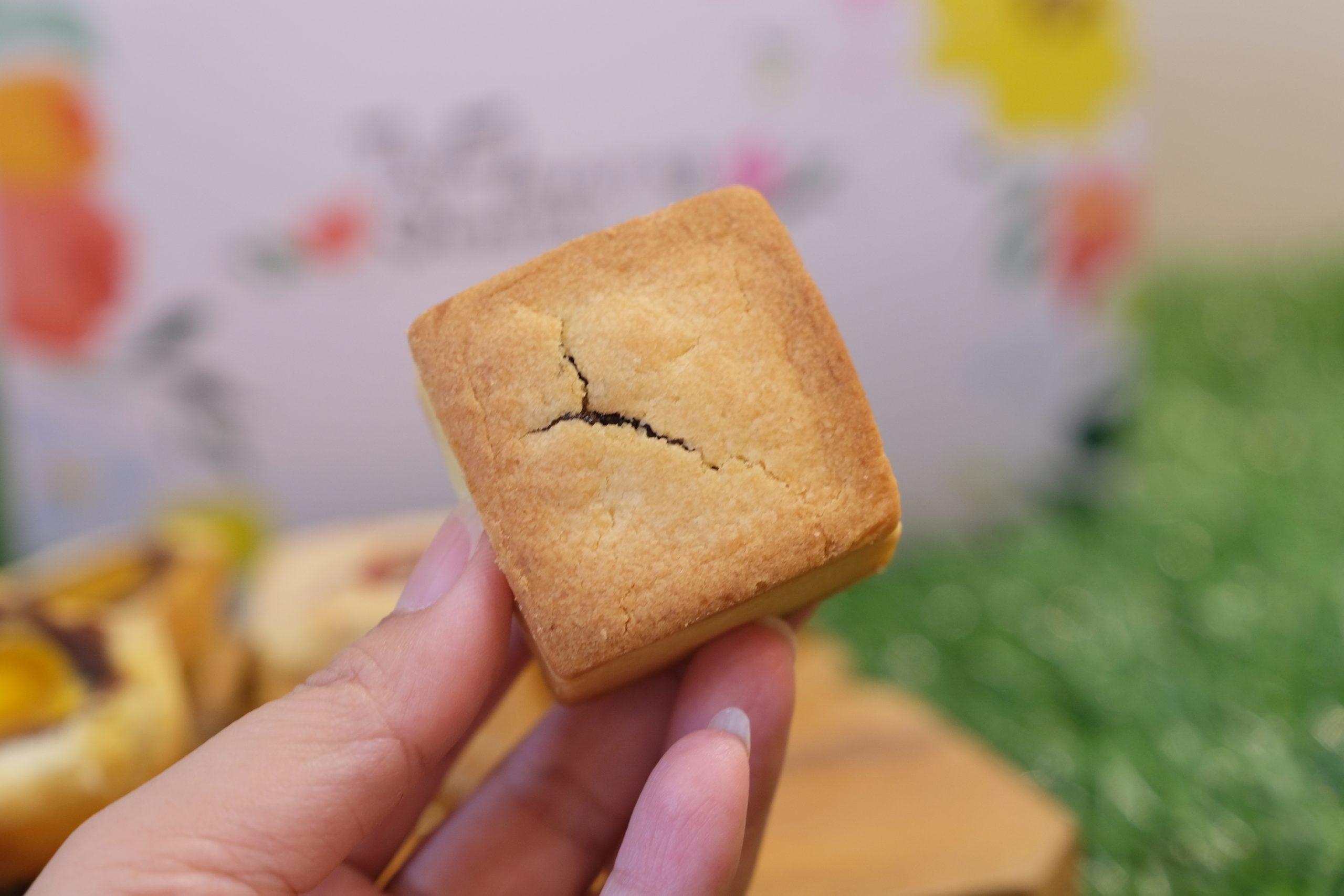 【台中西區】易達蛋黃酥:網路上資料少之又少,低調又美味的蛋黃酥餅店 @飛天璇的口袋