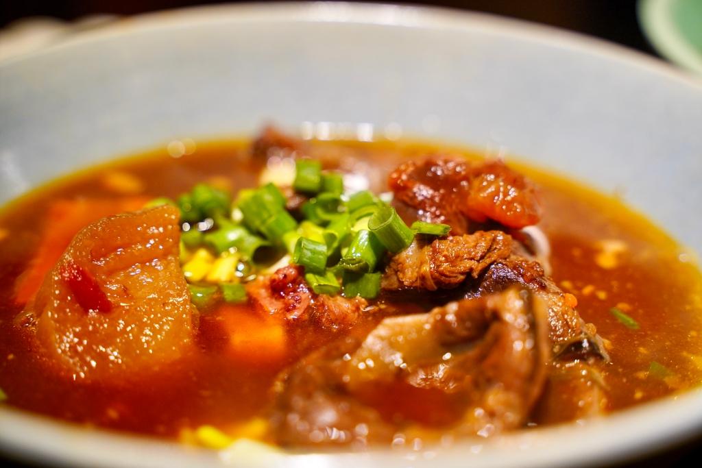 門前隱味牛肉麵:一天只收30位客人,預約已經排到兩年後 @飛天璇的口袋