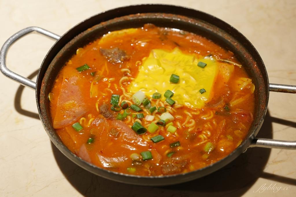 【台中北區】  上岩阿哲西韓式料理:一個人也可以品嚐韓式料理,部隊鍋、馬鈴薯鍋和辣豆腐鍋都吃得到 @飛天璇的口袋