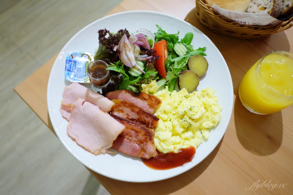 果樹咖啡:北屯溫馨早午餐店推薦,結合服飾、小物和餐廳複合式經營 @飛天璇的口袋