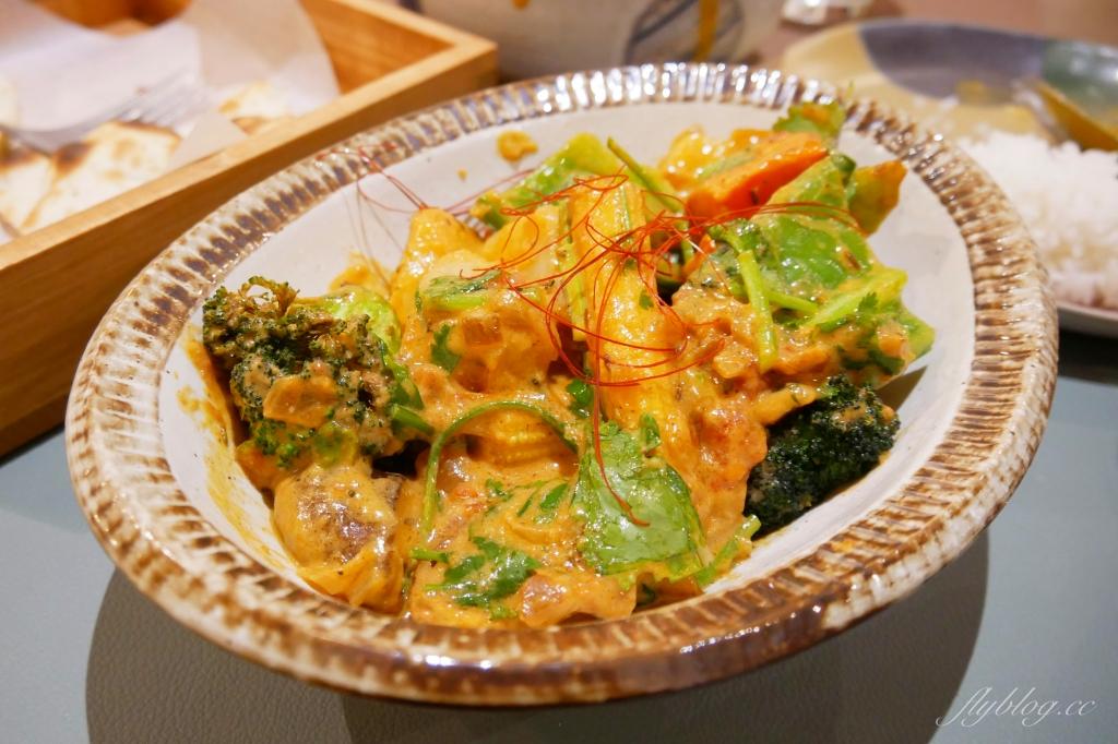 盛食咖哩:嘉義最接地氣的咖哩專賣店來台中囉!印度風味咖哩也可以很文青 @飛天璇的口袋