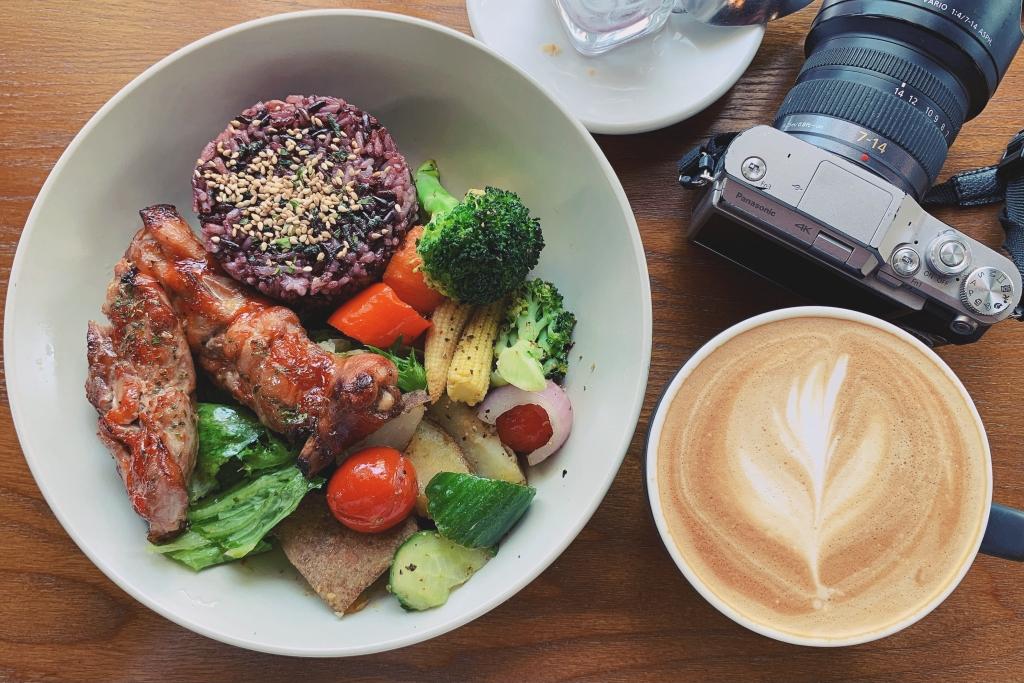 【台中北屯】 日起食書早午餐:透天老宅改建早午餐店,北屯松竹捷運站步行5分鐘 @飛天璇的口袋
