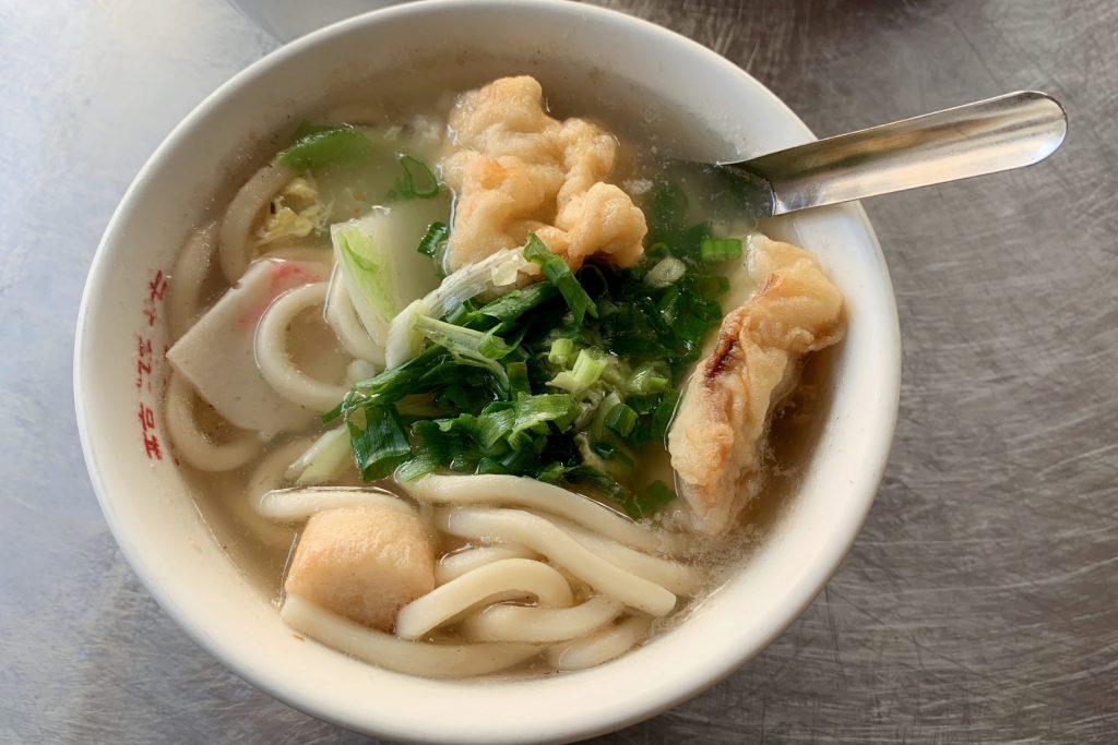 【台南中西】 醇涎坊鍋燒意麵:台南保安路的排隊美食,一碗55元簡單就是美味 @飛天璇的口袋