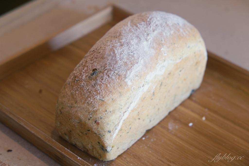 【台東東河】馬利諾廚房:外國夫妻開的麵包店,台東都蘭村人氣美食 @飛天璇的口袋