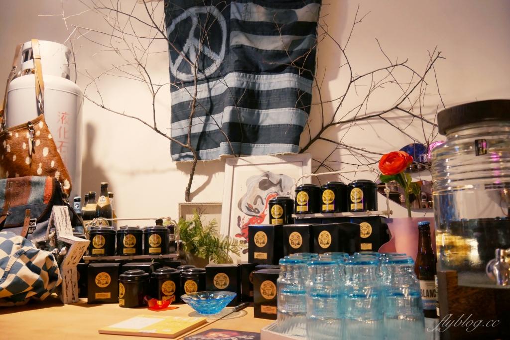 【新竹北區】 吉十咖啡:新竹城隍廟超人氣肉桂捲專賣店,肉桂捲控必朝聖的聖地! @飛天璇的口袋