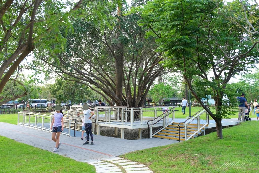 黎新公園:可愛的大西瓜攀架公園,台中最佳大自然生態教室 @飛天璇的口袋
