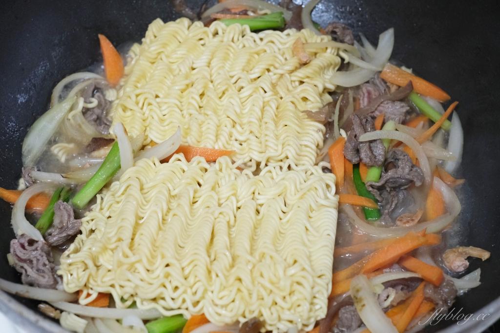 印尼炒泡麵:號稱史上最便宜的泡麵,一盤成本不到$20元輕鬆上桌 @飛天璇的口袋
