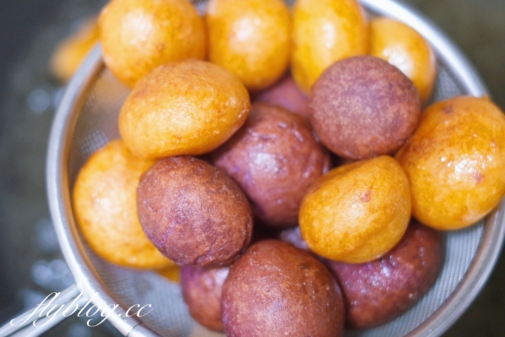 地瓜球的作法:外酥內Q的地瓜球怎麼做?食譜簡單在家就可以完成 @飛天璇的口袋