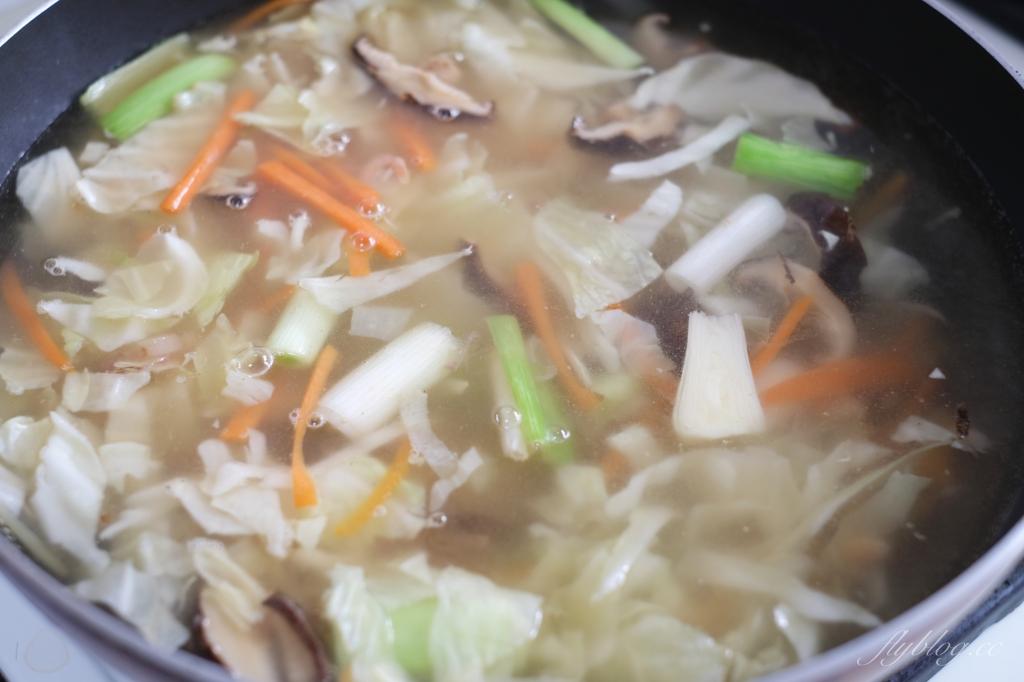 芋頭米粉湯:在家自己煮一碗香噴噴的傳統米粉湯 @飛天璇的口袋