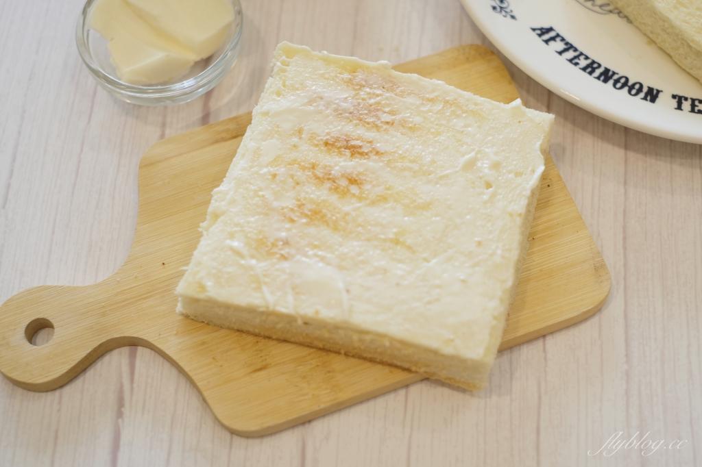 【食譜分享】芋泥肉鬆吐司:芋頭控看過來~自已DIY做爆餡的芋泥吐司這麼簡單! @飛天璇的口袋