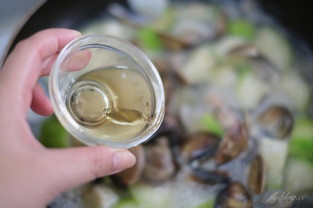 【食譜分享】蛤蜊絲瓜:好吃又美味的銅板美食,10分鐘就可以上桌 @飛天璇的口袋