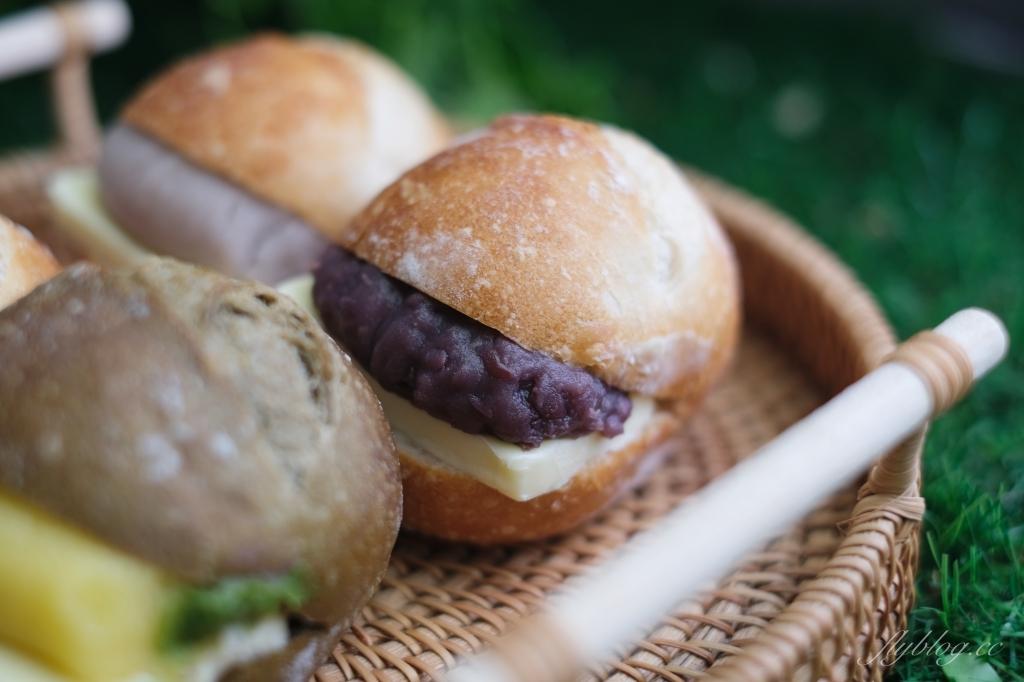 小皮球麵包甜點:一開放訂購就秒殺,位於社區大樓的麵包店 @飛天璇的口袋
