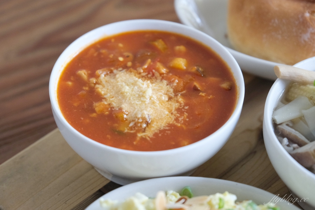 【台中西區】家溫度:每日供應7~8種不同湯品,把飯桌上的配角變主角 @飛天璇的口袋