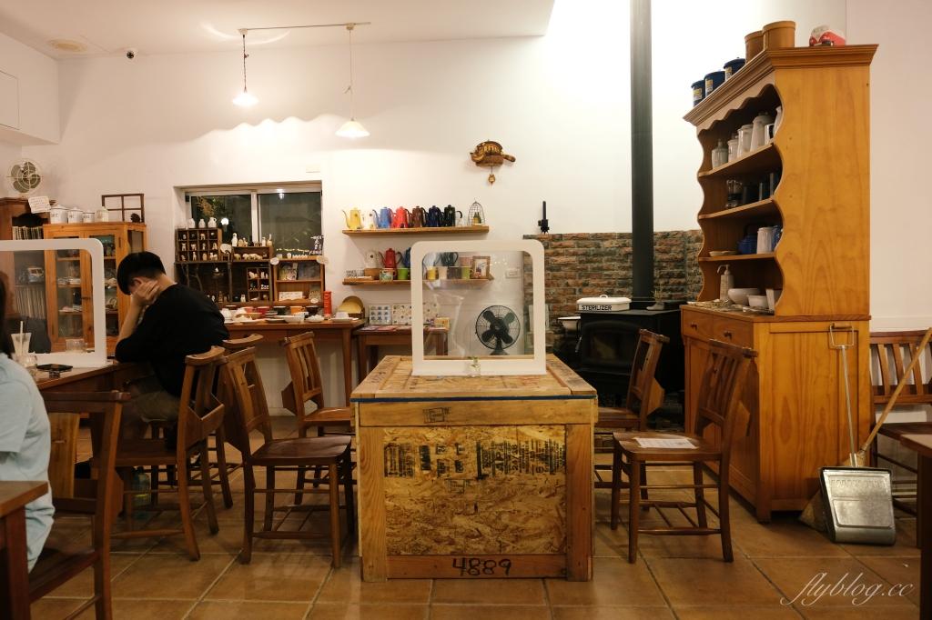 【台中沙鹿】Mitaka 3e Cafe:龍貓主題景觀餐廳,欣賞台中百萬夜景 @飛天璇的口袋