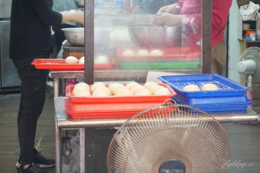 新竹北區 丞祖胡椒餅 在地80年的四代老店,新竹城隍廟超人氣美食 @飛天璇的口袋