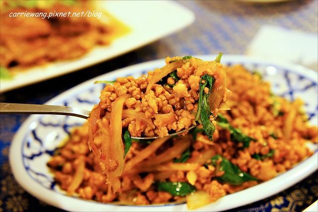 【台中泰式料理】泰國麵王泰式餐廳。平價好吃的泰式餐廳,連泰國人也推薦好吃又道地 @飛天璇的口袋