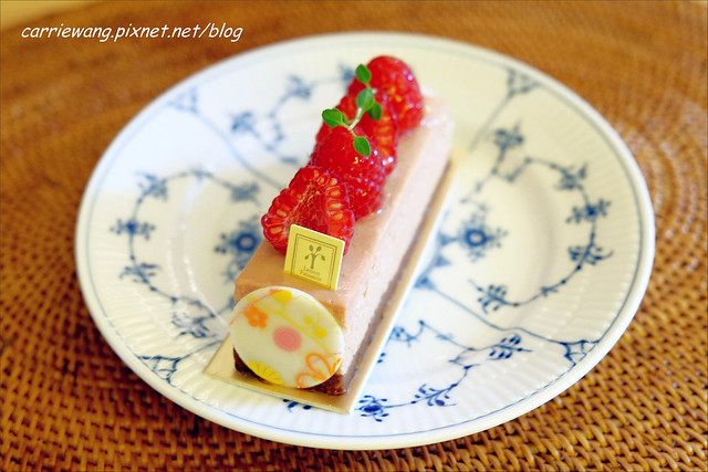 【台中蛋糕甜點】檸檬洋菓子.Lemon Patisserie。隱身在巷弄間的法式甜點店,甜點可愛又好吃,價格也很有誠意 @飛天璇的口袋