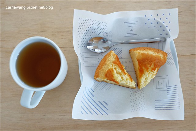 【台中下午茶】紙飛機咖啡館.Café Paper Flight。位於北區一中商圈附近小巧溫馨的咖啡館,親切的服務是令人印象最深刻的地方 @飛天璇的口袋