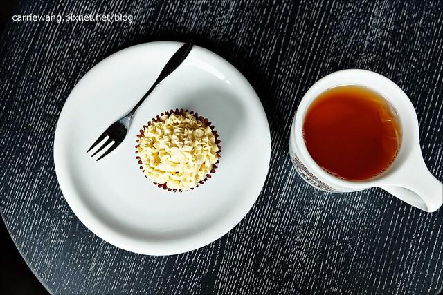 【台中下午茶】冰河咖啡.Glacier Coffee Roasters。很有北歐風情的咖啡館,環境寬敞舒適,使用有情門傢俱,甜點也不錯吃 @飛天璇的口袋