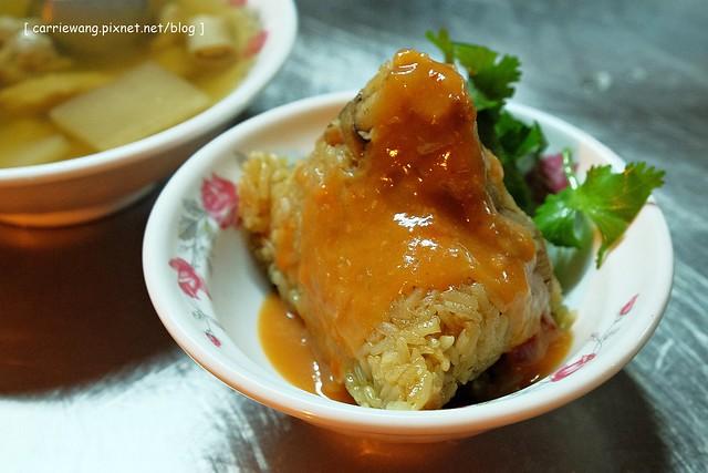 【宜蘭小吃美食】羅東肉粽李。位於羅東夜市周邊騎樓,營業62年的在地美味,食尚玩家有報導 @飛天璇的口袋