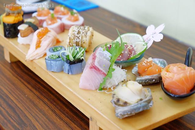 【台中日本料理】丸億生魚片壽司。黃昏市場裡的日本料理店,漁獲新鮮選擇性多,現在有冷氣包廂環境更好了 @飛天璇的口袋