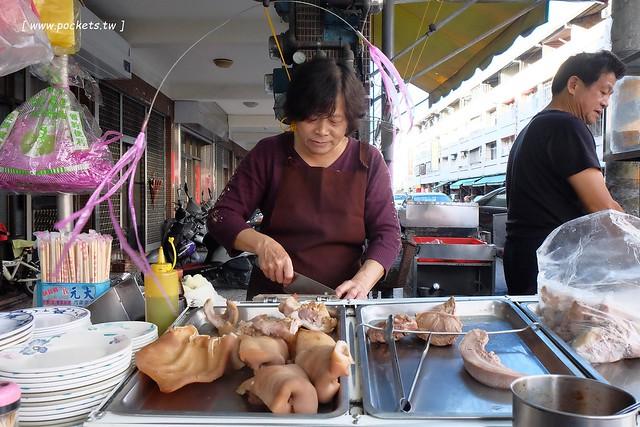 炎獅切仔麵.小菜:傳承第二代超過40個年頭的美味,精燉四個小時燉煮的豬骨湯,小菜開胃好吃風味獨特 @飛天璇的口袋