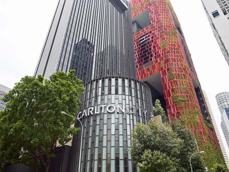 新加坡卡爾登城市飯店.Carlton City Hotel Singapore┃新加坡飯店推薦:距離Tanjong Pagar地鐵站2分鐘,鄰近Maxwell美食廣場,對面就有FairPrice,附近有7-11 @飛天璇的口袋