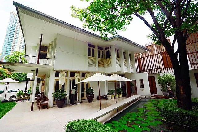 Oasis Spa Bangkok Sukhumvit 31┃泰國曼谷自由行:在城市綠洲中享受奢華的貴婦級SPA,精油按摩、泰式按摩、草藥球熱敷 @飛天璇的口袋