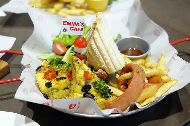 Emma's Cafe:有Bistro小酒館的氛圍,鄰近中國醫藥大學,餐點和環境都很有質感,可惜沒吃到龍蝦三明治 @飛天璇的口袋