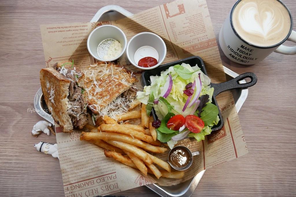 Chillax Sandwich.放鬆┃台中西區:台中美術館綠園道早午餐推薦,以三明治為主食,環境簡單餐點不錯 @飛天璇的口袋
