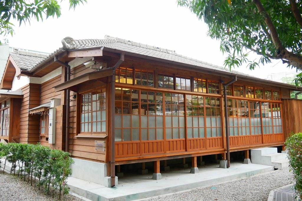 清水國小日式宿舍群:欣賞和洋折衷建築之美,全台第一座校園古蹟,還有附設遊樂場可以遛小孩 @飛天璇的口袋