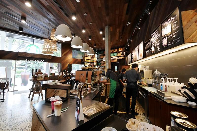 泰國曼谷自由行┃Starbucks Langsuan:曼谷最美的星巴克,鄰近BTS Chit Lom奇隆站,也有單品豆子可以點 @飛天璇的口袋