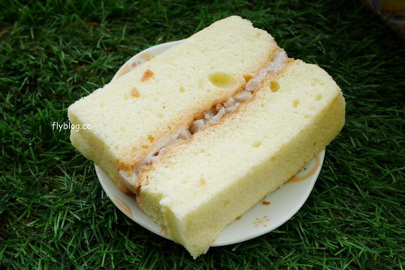 豐原伴手禮~德發餅行鹹蛋糕:豐原好吃的鹹蛋糕,食尚玩家也有報導,在地人介紹內行人都買這間 @飛天璇的口袋