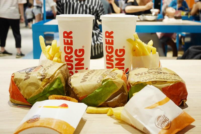 Burger King.漢堡王┃台中南屯:我最愛的漢堡王又重回台中了,個人最愛華堡和金沙堡,文心秀泰影城美食推薦 @飛天璇的口袋