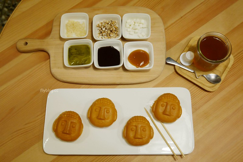 惠蓀咖啡┃台中西區:超可愛的大佛雞蛋糕,可以自行DIY大佛髮型,審計新村美食推薦 @飛天璇的口袋