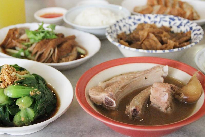 黃亞細肉骨茶室┃新加坡美食:連香港特首都指定要吃的肉骨茶,海外第一家分店將進駐台北新光三越 @飛天璇的口袋