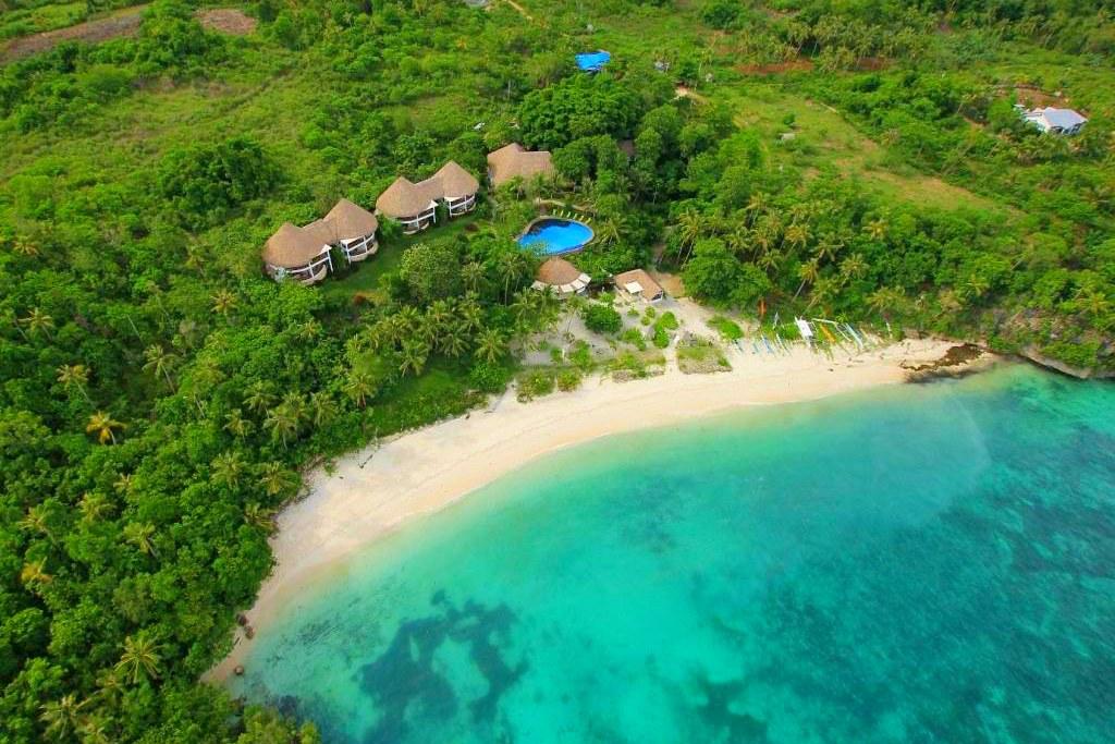 Amun Ini Beach Resort & Spa┃薄荷島住宿:只有16間房的海邊渡假村,享受遠離塵囂以及私房海灘 @飛天璇的口袋