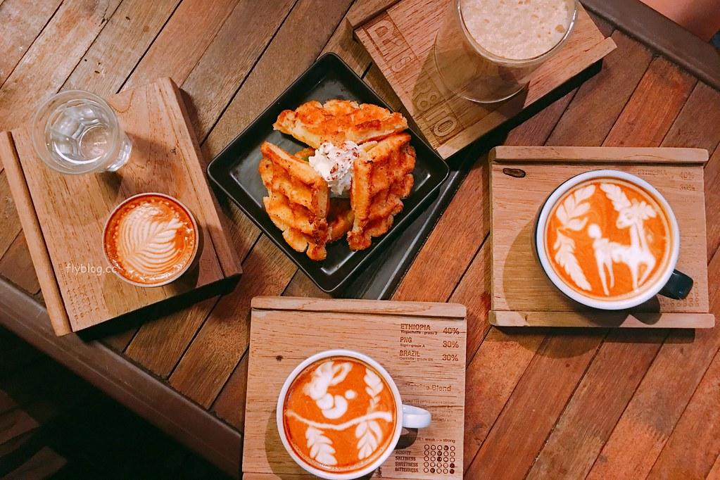 Ristr8to:世界拉花冠軍~有可愛的葉子、糜鹿、毛毛蟲拉花和骷髏頭咖啡,清邁咖啡館推薦 @飛天璇的口袋