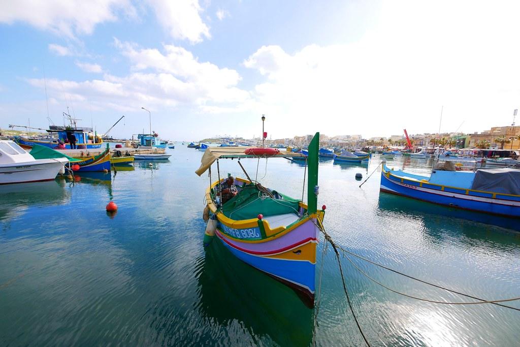 Malta馬爾他:Marsaxlokk 馬爾薩什洛克~五彩繽紛的小漁村,如油畫般的唯美浪漫 @飛天璇的口袋