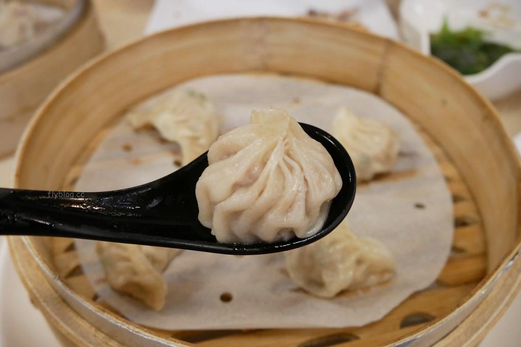 張記麵食館:太平老字號人氣手工麵食館,推薦招牌臭豆腐酢醬麵和五兩蔥餅 @飛天璇的口袋