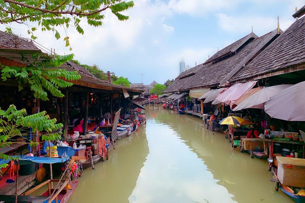 四方水上市場.Pattaya Floating Market┃芭達雅景點:超過100個攤位,還有定期的活動演出 @飛天璇的口袋